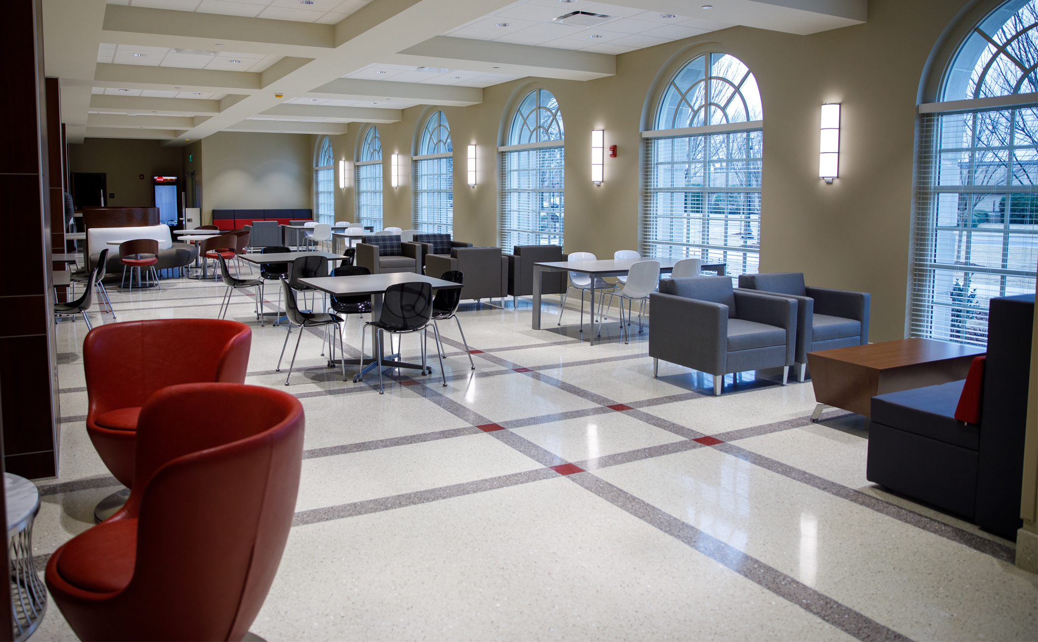 A lounge in the addition to the Capstone College of Nursing