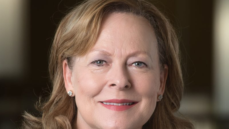 A headshot of Robin Bartlett